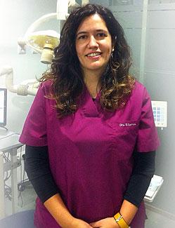 Dra. Susana Correa forma parte del equipo de CLÍNICA DENTAL CIURANA, en CASTELLDEFELS. Máster en Ortodoncia y Ortopedia Dentofacial