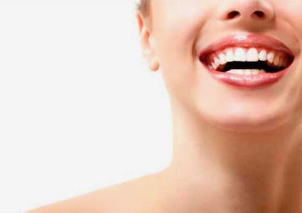 Estética dental en CLÍNICA DENTAL CIURANA, CASTELLDEFELS